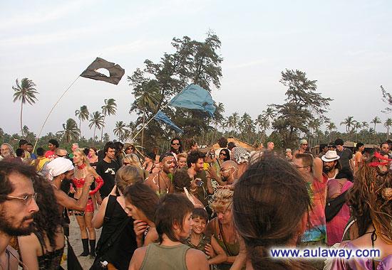 Эта карнавальная толпа :)