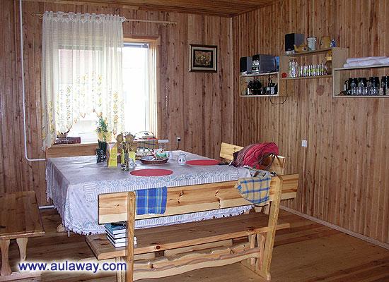 Комната для завтрака на даче одного хорошего человека по имени Денис