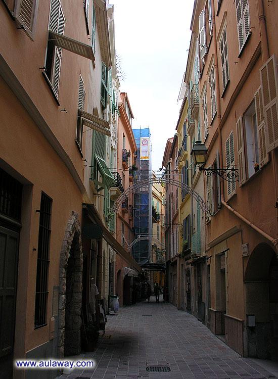 Улочка Монако