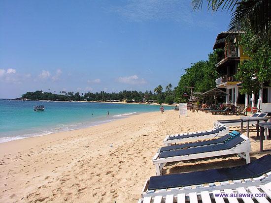 Пляж Уна-Ватуна. Юг Шри-Ланки