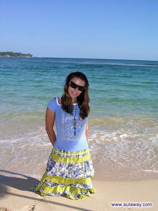 Все тот же пляж Шри-Ланки плюс Я!