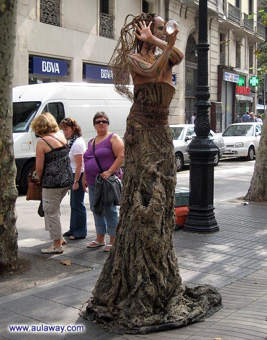 Барселона. Что происходит в центре города?