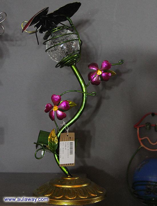 Кантонская ярмарка: настольные лампы.