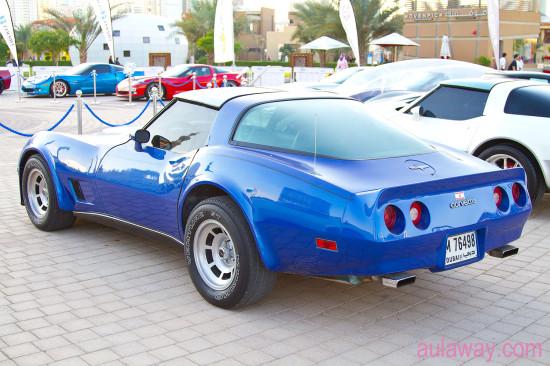 Про Эмираты. Уличные выставки машин.